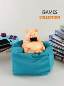 Свинья на подушке (Фигурка)
