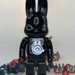 BEARBRICK Rabbit Black 400% (28cm)