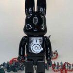BEARBRICK Rabbit Black 400% (28cm)