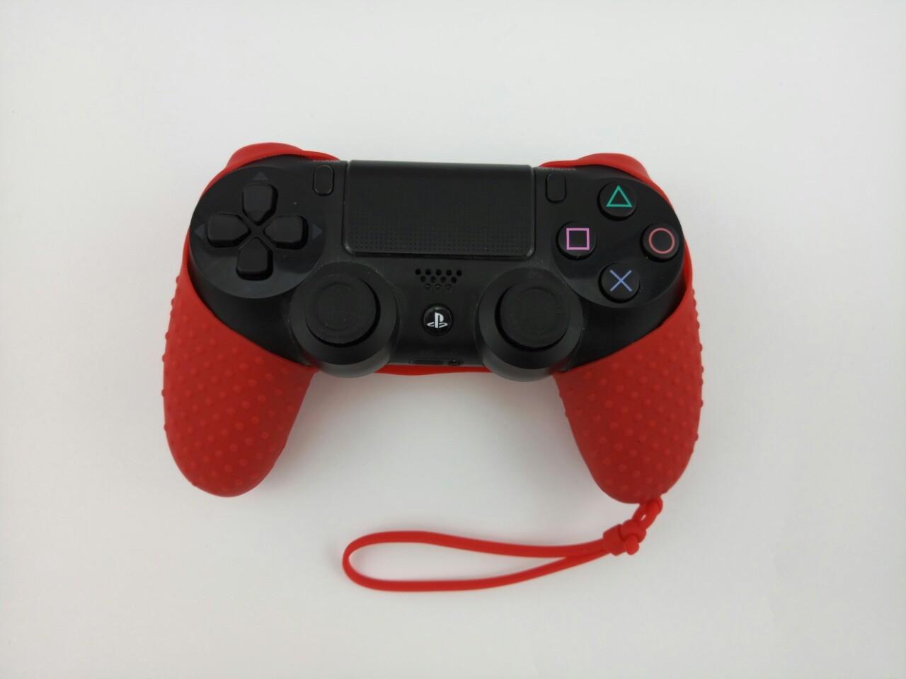 Силиконовый чехол для джойстика PS4 с ремешком(Красный)