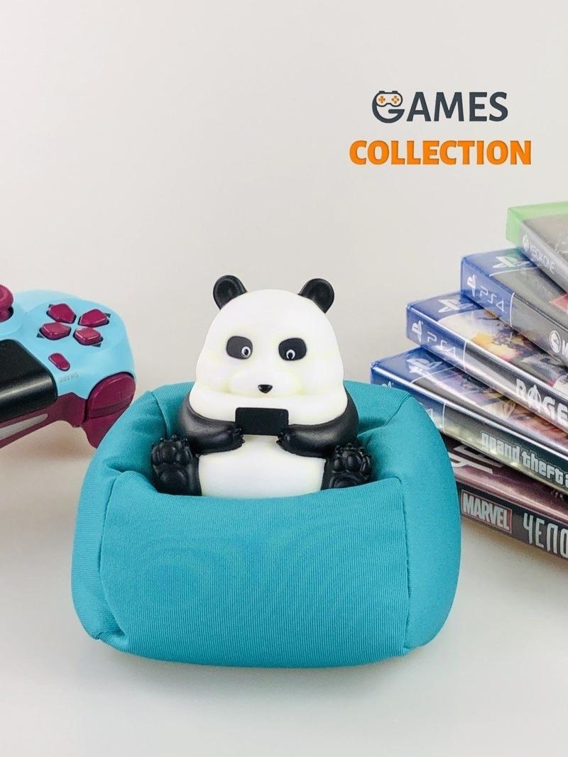 Панда на подушке (фигурка)-thumb