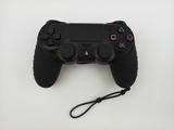 Силиконовый чехол для джойстика PS4 с ремешком (Черный)-thumb